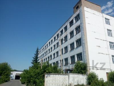 Здание, площадью 3070 м², Универсальная 1/А за ~ 154.5 млн 〒 в Петропавловске — фото 2