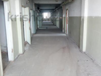 Здание, площадью 3070 м², Универсальная 1/А за ~ 154.5 млн 〒 в Петропавловске — фото 10