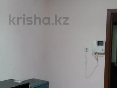 4-комнатный дом помесячно, 80 м², 5 сот., Кажымукана — проспект Назарбаева за 200 000 〒 в Алматы, Медеуский р-н — фото 10