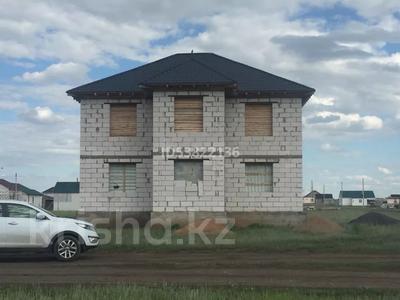 9-комнатный дом, 220 м², 10 сот., 5 микрорайон за 8 млн 〒 в