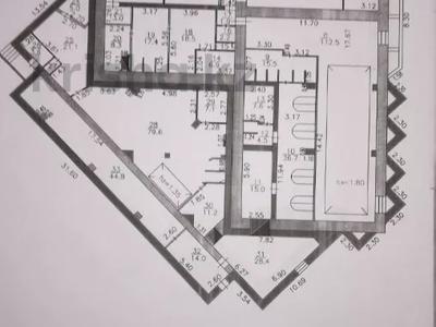 Здание, площадью 2018 м², Утепова 16 за 299.5 млн 〒 в Усть-Каменогорске — фото 3