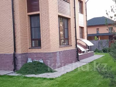6-комнатный дом, 372 м², 14 сот., мкр Алатау, Жулдыз — Центральной за 99 млн 〒 в Алматы, Бостандыкский р-н — фото 56