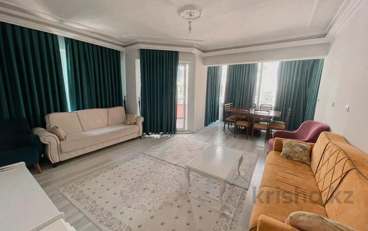 3-комнатная квартира, 120 м², 3/5 этаж, Махмутлар за 23.8 млн 〒 в