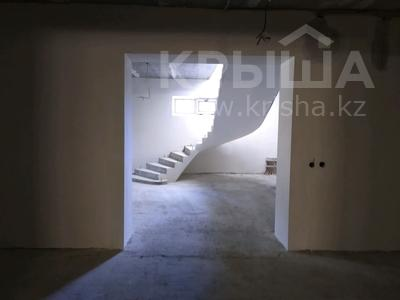 12-комнатный дом, 970 м², 10 сот., улица Гидрокомплекс 77 — Иманалиева за 150 млн 〒 в Таразе