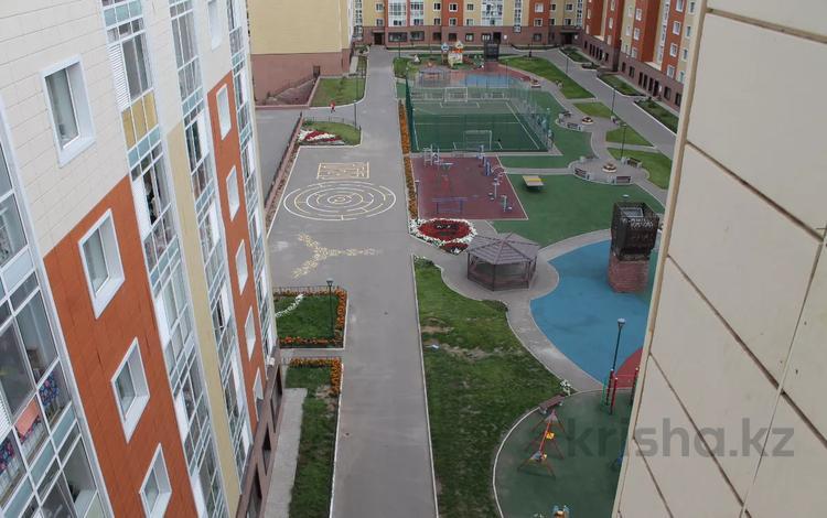 3-комнатная квартира, 94 м², 9/9 этаж, проспект Улы Дала — проспект Тауелсыздык за 33 млн 〒 в Нур-Султане (Астана), Есиль р-н