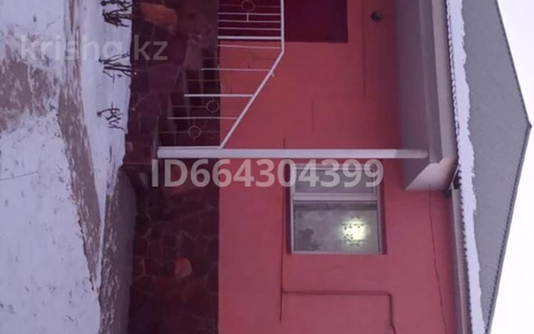 6-комнатный дом, 109 м², 6 сот., мкр Самал-2 за 40 млн 〒 в Шымкенте, Абайский р-н