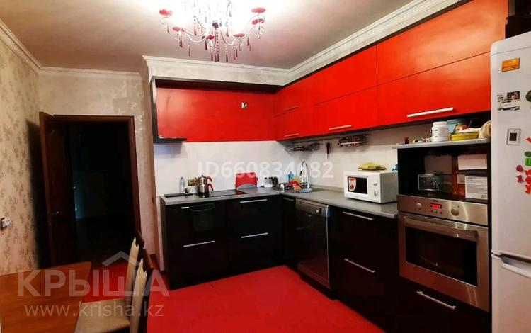 3-комнатная квартира, 86.7 м², 9/16 этаж, Б. Момышулы за 29.5 млн 〒 в Нур-Султане (Астана), Алматы р-н