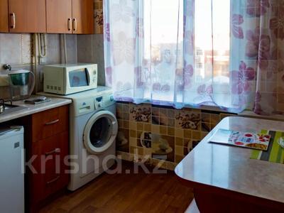 1-комнатная квартира, 30 м², 5/5 этаж посуточно, Интернациональная за 9 000 〒 в Петропавловске — фото 7