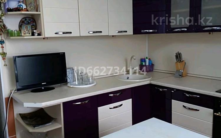 3-комнатная квартира, 121 м², 9/10 этаж, А.Молдагулова 13 за 35 млн 〒 в Актобе, мкр 5
