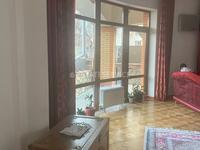 5-комнатный дом помесячно, 670 м², 12 сот.