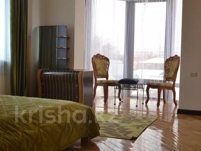 6-комнатный дом посуточно, 400 м², Медеуский р-н, мкр Коктобе за 50 000 〒 в Алматы, Медеуский р-н — фото 15