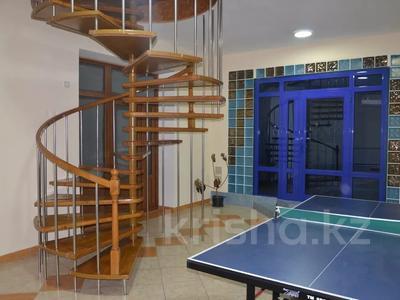 6-комнатный дом посуточно, 400 м², Медеуский р-н, мкр Коктобе за 50 000 〒 в Алматы, Медеуский р-н — фото 9