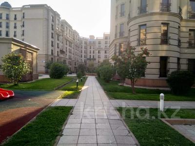3-комнатная квартира, 132.2 м², мкр Мирас, Мкр. Мирас 157/2 за 118 млн 〒 в Алматы, Бостандыкский р-н — фото 9