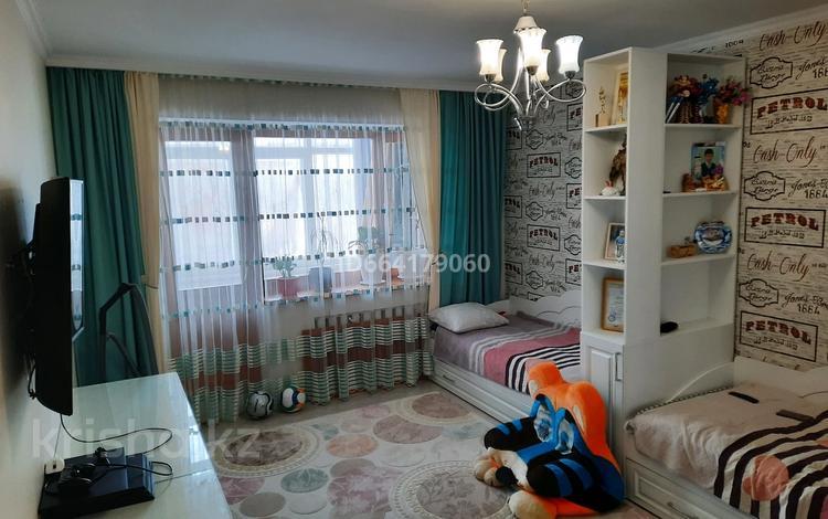 4-комнатная квартира, 135 м², 2/5 этаж, Мустафина 7/1 за 45 млн 〒 в Нур-Султане (Астана), Алматы р-н