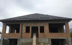 5-комнатный дом, 260 м², 6 сот., Амангельды — Курмангазы за 15.5 млн 〒 в Талгаре