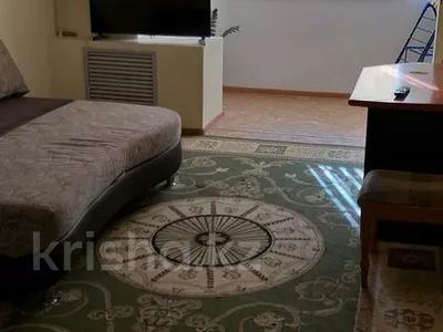 1-комнатная квартира, 48 м², 2/5 этаж посуточно, 7-й мкр 25 за 6 500 〒 в Актау, 7-й мкр