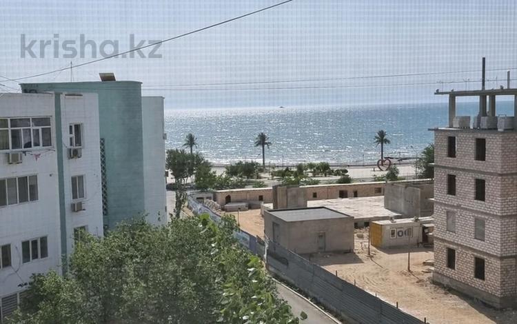2-комнатная квартира, 56 м², 5/5 этаж посуточно, 15-й мкр 5 за 11 500 〒 в Актау