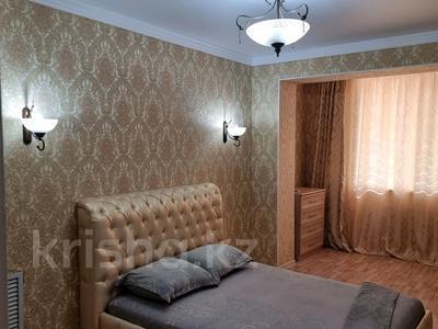 2-комнатная квартира, 56 м², 5/5 этаж посуточно, 15-й мкр 5 за 12 500 〒 в Актау