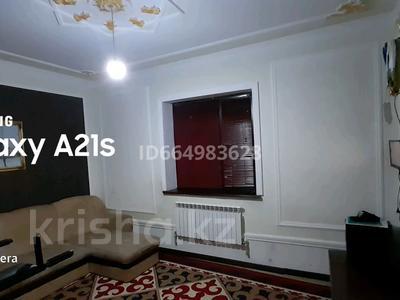 4-комнатный дом, 240 м², 8 сот., Жумыскер 2 мкр Балауса 38 6 за 35 млн 〒 в Атырау