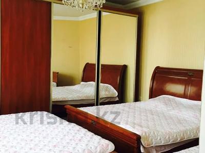 7-комнатный дом посуточно, 250 м², 6 сот., Чубары — Мендешева за 60 000 〒 в Нур-Султане (Астана), Есиль р-н — фото 11