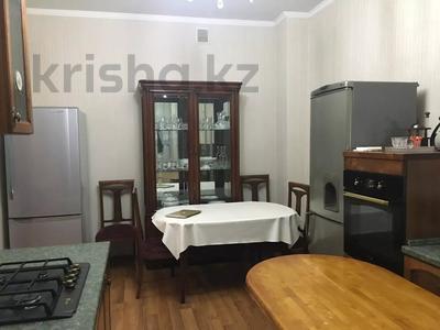 7-комнатный дом посуточно, 250 м², 6 сот., Чубары — Мендешева за 60 000 〒 в Нур-Султане (Астана), Есиль р-н — фото 12