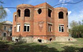 6-комнатный дом, 290 м², 8.5 сот., Чокина за 26 млн 〒 в Павлодаре