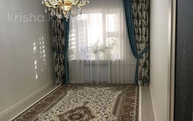 3-комнатная квартира, 90 м², 1/5 этаж, 15-й мкр, 15 мкр 21 за 28 млн 〒 в Актау, 15-й мкр