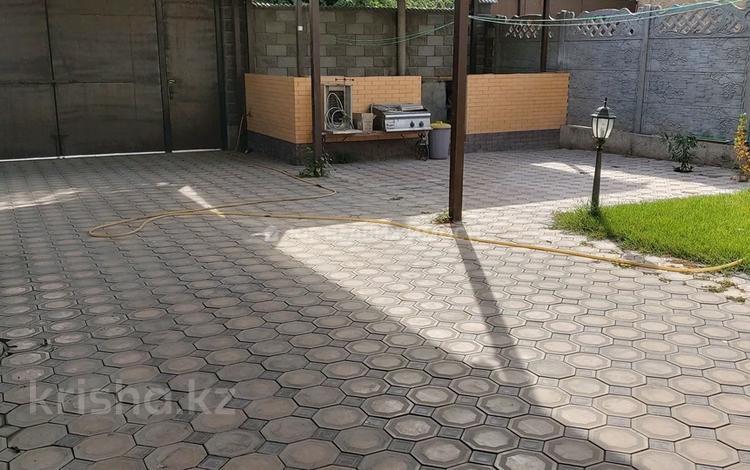 9-комнатный дом, 382 м², 7 сот., проспект Жамбыла — Толе би за 63 млн 〒 в Таразе