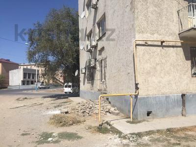 3-комнатная квартира, 60 м², 1/5 этаж, 1 мкр 8 за 12 млн 〒 в Туркестане — фото 5
