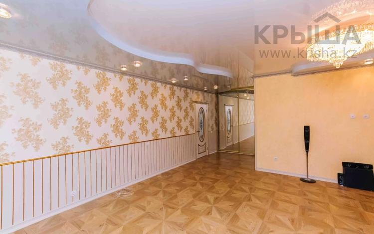 3-комнатная квартира, 90 м², 1/9 этаж, Алихана Бокейханова 17 за 29 млн 〒 в Нур-Султане (Астана), Есиль р-н