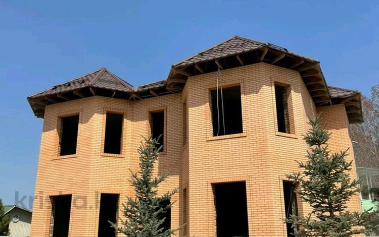 6-комнатный дом, 400 м², 6 сот., мкр Таугуль-3 31 за ~ 200 млн 〒 в Алматы, Ауэзовский р-н