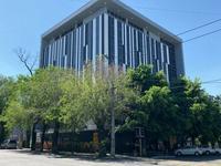 Здание, площадью 4012 м²