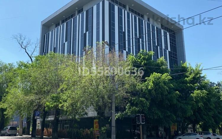 Здание, площадью 4012 м², Жамбыла 100 за 2.5 млрд 〒 в Алматы