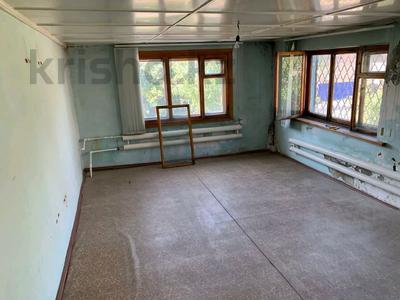 6-комнатный дом, 258 м², 8 сот., 9А микрорайон 28 — Комсомольский проспект за 18 млн 〒 в Темиртау — фото 17