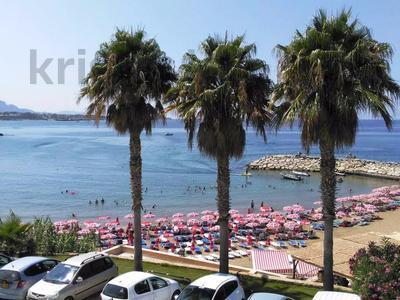 4-комнатная квартира, 135 м², 1/3 этаж посуточно, Кипр Гирне в за 29 520 〒 — фото 18