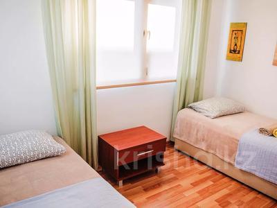 4-комнатная квартира, 135 м², 1/3 этаж посуточно, Кипр Гирне в за 29 520 〒 — фото 5