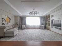 5-комнатная квартира, 240 м², 19 этаж помесячно