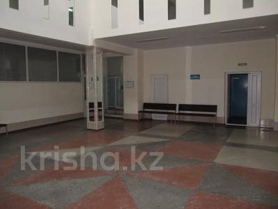 Здание, площадью 2571.1 м², 1 мая 35 за 170 млн 〒 в Павлодаре — фото 3