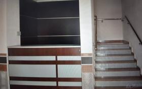 2-комнатная квартира, 54 м², 4/11 этаж помесячно, Студенческий проспект 40а за 180 000 〒 в Атырау
