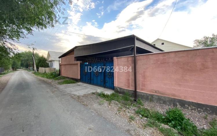 6-комнатный дом, 103 м², 6 сот., Алатау 21а за 30 млн 〒 в Узынагаш