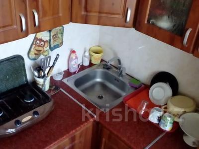 3-комнатная квартира, 58.1 м², 5/5 этаж, Комсомольский 21/1 — проспект Республики за 5.2 млн 〒 в Темиртау — фото 8