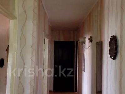 3-комнатная квартира, 58.1 м², 5/5 этаж, Комсомольский 21/1 — проспект Республики за 5.2 млн 〒 в Темиртау — фото 3