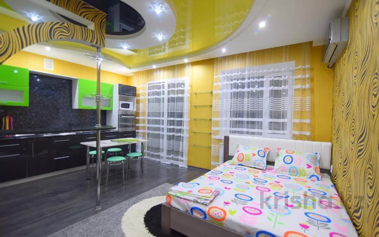 2-комнатная квартира, 45 м² посуточно, Циолковского 2/1 за 5 000 〒 в Уральске