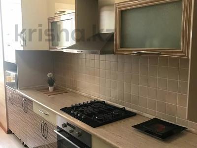 4-комнатная квартира, 80 м², 3/5 этаж посуточно, Айтиева — Айтиева и Айтйкеби за 15 000 〒 в Таразе