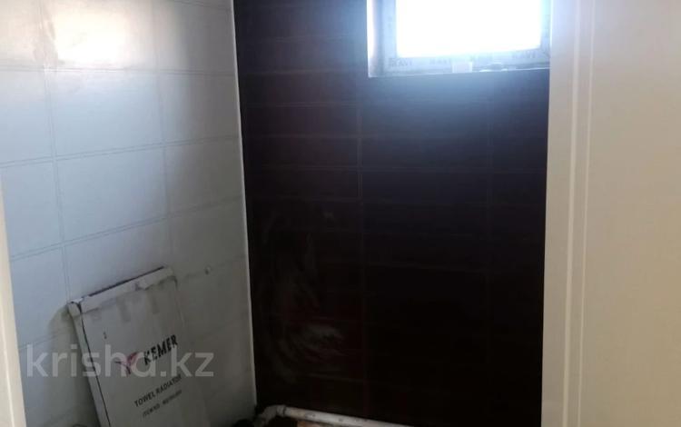 3-комнатная квартира, 68 м², 3/5 этаж, Байтурсынова 89 за 23 млн 〒 в Шымкенте, Аль-Фарабийский р-н