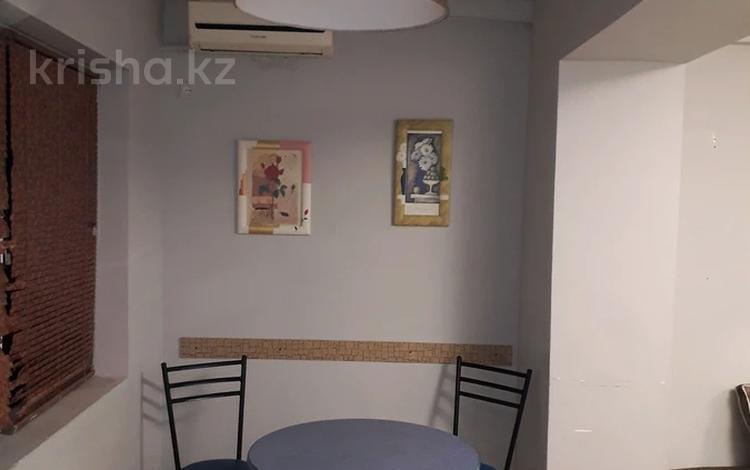 2-комнатная квартира, 20 м², 1/2 этаж посуточно, 3-й мкр 141 за 5 000 〒 в Актау, 3-й мкр