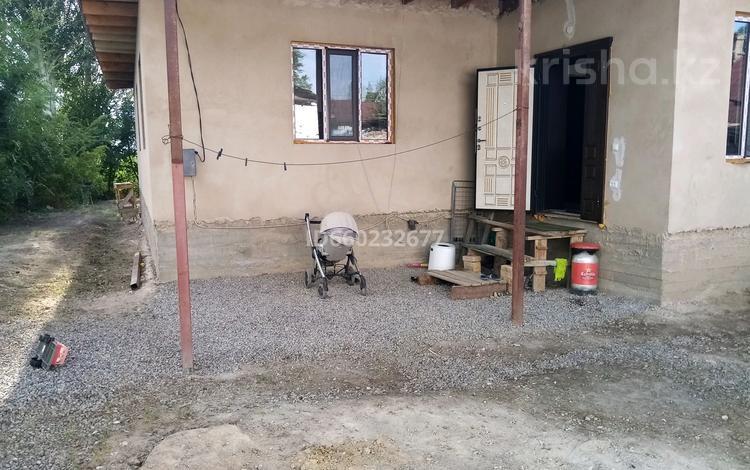 5-комнатный дом, 180 м², 8 сот., Алатау 98 за 11 млн 〒 в Каргалы (п. Фабричный)