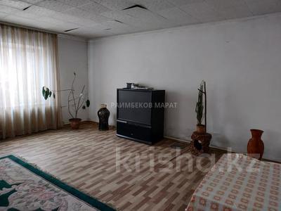 7-комнатный дом, 257 м², проспект Жамбыла за 14.5 млн 〒 в Есик — фото 11