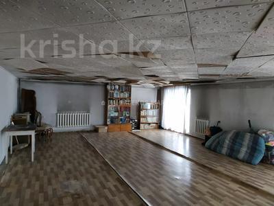7-комнатный дом, 257 м², проспект Жамбыла за 14.5 млн 〒 в Есик — фото 27