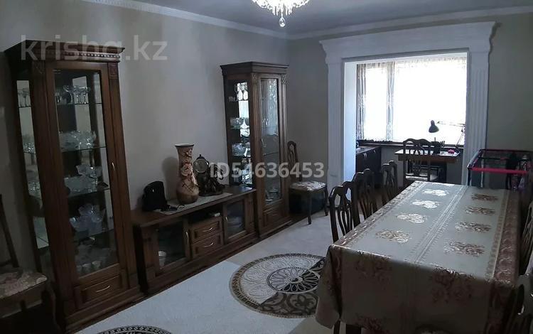 4-комнатная квартира, 96 м², 1/5 этаж, Верхний Отырар 47 за 28 млн 〒 в Шымкенте, Аль-Фарабийский р-н